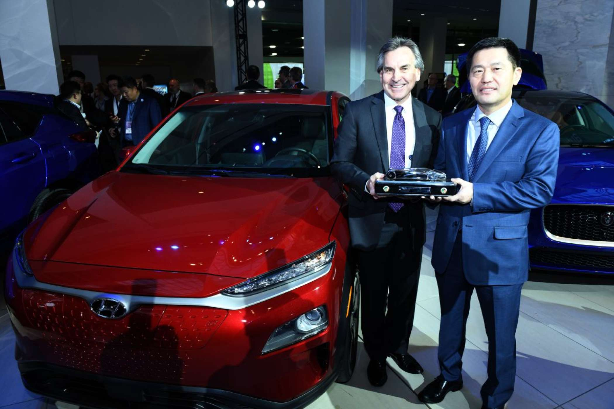 Hyundais Kona electric holte den Preis des North American Electric Vehicle of the year. | Foto: NAIAS